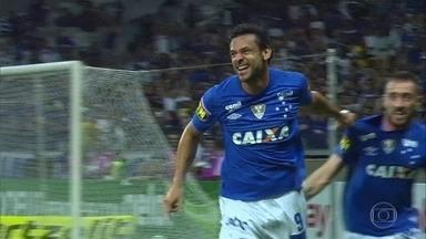 Cruzeiro e Atlético-PR vencem jogando em casa no Brasileirão - Cruzeiro e Atlético-PR vencem jogando em casa no Brasileirão.