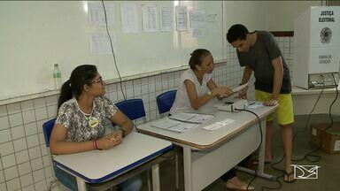 Eleitores não encontram dificuldade para votar em São Luís - Nem mesmo nos últimos minutos os eleitores não foram surpreendidos com problemas nos locais de votação.