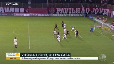 Vitória perde para o São Paulo e completa o quarto jogo sem vencer no Barradão - Veja os destaques do rubro negro baiano.
