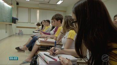 De olho no reajuste das mensalidades escolares - De olho no reajuste das mensalidades escolares