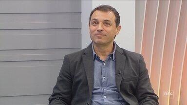 Jornal do Almoço entrevista Carlos Moisés da Silva, do PSL, eleito governador de SC - Jornal do Almoço entrevista Carlos Moisés da Silva, do PSL, eleito governador de SC