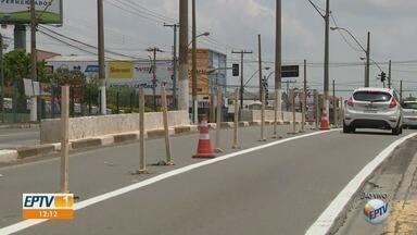 Obras da BRT causam interdição parcial na Avenida das Amoreiras, em Campinas - Trecho bloqueado é de cerca de 1km, na região do Jardim do Lago.