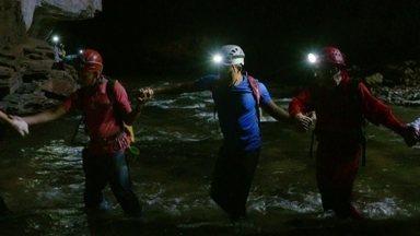 Hoje é dia de caverna: um rio de pérolas - Alexandre Henderson desvenda os mistérios da caverna São Bernardo.