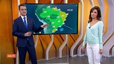 Previsão de chuva em Goiás, Mato Grosso e Minas Gerais - No Sul, o tempo deve ficar firme. Em São Paulo e no Rio de Janeiro, a temperatura cai, mas não significa que ficará frio.
