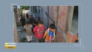 Operação prende quinteto com drogas, balaclavas e capas de coletes balísticos, em Manaus - Operação ocorreu nesta terça-feira (6), em bairros das zonas Sul e Norte da capital.