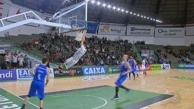 Confira como foi a vitória do Bauru Basket no NBB - O Bauru Basket melhorou a classificação no NBB e saiu da 11ª para a 9ª colocação na tabela do torneio nacional. A subida na tabela aconteceu após a vitória sobre o Minas, em partida disputada no ginásio Panela de Pressão, em Bauru.