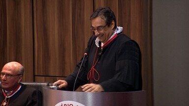 Eduardo D'Ávila toma posse como novo Procurador do Ministério Público Estadual - Eduardo D'Ávila toma posse como novo Procurador do Ministério Público Estadual.