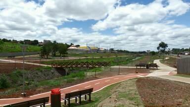 Apenas um dos quatro parques previstos no PDI foram construídos em Cascavel - Prefeitura contratou empresa para executar um dos parques que ficou de fora do projeto, mas com recursos próprios e em parceira com a Itaipu.