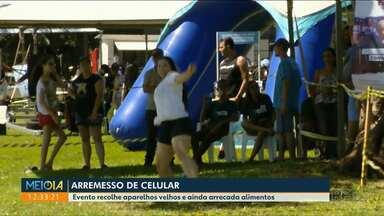 Arremesso de celular foi a atração do fim de semana em Foz do Iguaçu - O evento recolhe os equipamentos para dar um fim sustentável e ainda recolhe alimentos não perecíveis para entidades.