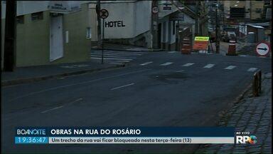 Trecho da rua do Rosário vai ter trânsito bloqueado nesta terça-feira (13) em Ponta Grossa - A região está passando por obras.