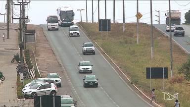 Maranhenses aproveitam para pegar estrada no feriado da Proclamação da República - Rodovias no Maranhão tiveram movimento acentuado.
