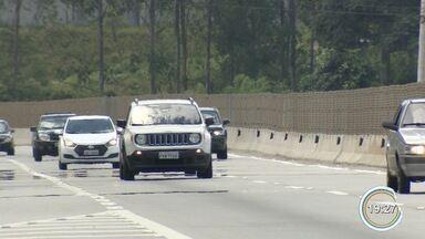 Comerciantes da Tamoios estão otimistas com movimento de feriado - Interdição da via por quatro dias preocupou faturamento.