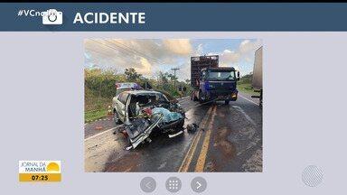 Motorista morre em acidente em Mata de São João, no litoral norte - Carro de passeio se chocou contra um caminhão na manhã às 5h desta sexta-feira (16).