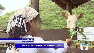 Turistas buscam tranquilidade no feriado em Monteiro Lobato - Pousadas da cidade registraram ocupação total.