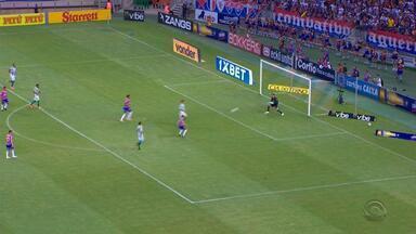 Fortaleza goleia o Juventude por 4 a 1 e recebe taça de campeão da Série B - Assista ao vídeo.