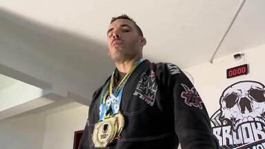 Campeão de jiu-jítsu passa adiante ensinamentos em Juiz de Fora - Ramon Medeiros acumula conquistas na carreira e ensina arte marcial na cidade