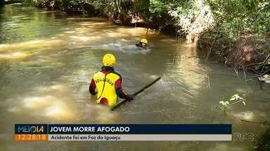 Jovem morre afogado em Foz do Iguaçu - Acidente ocorreu no mesmo local onde dois rapazes se afogaram há uma semana.
