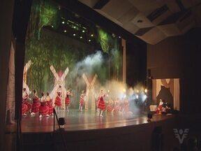 Balé Jovem de São Vicente se apresenta no Teatro Municipal de Santos - Grupo é famoso por revelar talentos da dança.
