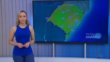 Tempo: previsão é de risco de chuva neste sábado (17) - Assista ao vídeo.