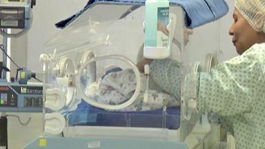 Dia da Prematuridade chama a atenção para cuidados com bebês prematuros - Vários fatores podem contribuir para que uma criança nasça antes do tempo.