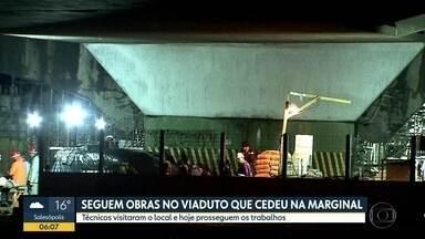 Trabalho para escorar viaduto que cedeu continua na Marginal Pinheiros - Local passou por nova vistoria nesta segunda