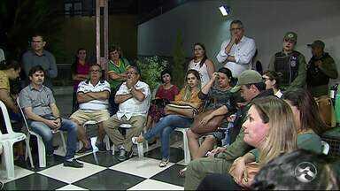 Moradores reclamam de mudança de endereço do 'Programa Atitude' - Ida do programa para o bairro Indianópolis deixa moradores apreensivos.