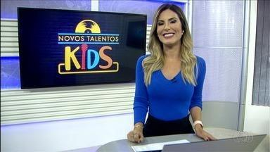 Semifinalistas do concurso Novos Talentos Kids se apresentam em escolas - Dez candidatos, sendo duas duplas, disputam as cinco vagas da final. Votação termina nesta sexta-feira.