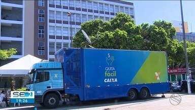 Caminhão que disponibiliza serviço para a regularização de dívidas está em Aracaju - Serviço vai estar disponível até a próxima sexta-feira (23).
