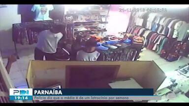 Vídeo mostra ação de dupla suspeita de tentativa de latrocínio em Parnaíba - Vídeo mostra ação de dupla suspeita de tentativa de latrocínio em Parnaíba