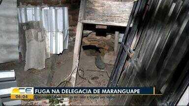 Dez presos fogem da delegacia de Maranguape - Os detentos abriram um buraco dentro da cela, que deu acesso a uma antiga casa paroquial da cidade.