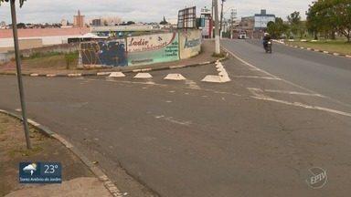 '#EPTV1': Telespectadora denuncia situação de faixa de pedestres em Campinas - Vanessa Veneri mostrou como estava a faixa de pedestres na Vila Pompéia, perto de um supermercado. Sinalização precisa ser reforçada.