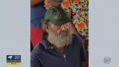 Aposentado de 81 anos morrem durante incêndio em barraco em Ribeirão Preto - Idoso tinha dificuldade de locomoção e não conseguiu deixar o imóvel enquanto as chamas se alastravam no sábado (24).