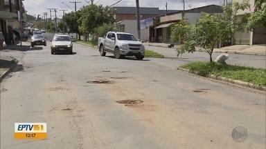 Motoristas reclamam de buracos nas ruas e avenidas de Alfenas - Motoristas reclamam de buracos nas ruas e avenidas de Alfenas