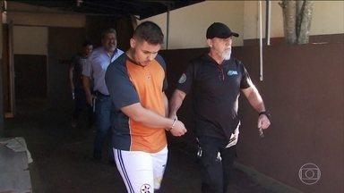 MP do Paraná entrega denúncia contra acusados de envolvimento na morte do jogador Daniel - O Ministério Público do Paraná entregou à Justiça a denúncia contra os acusados de envolvimento na morte do jogador Daniel.