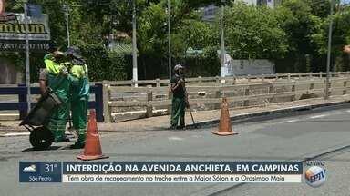 Obra de recapeamento interdita trecho na Avenida Anchieta, em Campinas - Trecho interditado fica entre a Major Sólon e a Orosimbo Maia.