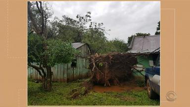 Tempo: temporal com granizo causa estragos no interior do RS - Veja como fica a previsão para esta quarta-feira (28).