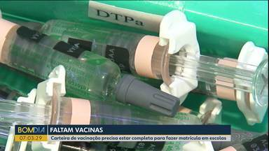 Prazo para apresentar declaração de vacinação na matrícula é adiado em Guarapuava - Carteira de vacinação precisa estar completa para fazer matrícula em escolas.