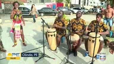 Artistas da Guiné Bissau apresentam espetáculo de dança no Recife - 'Netos de Bandim' trazem à capital pernambucana a cultura de diversas etnias em apresentação no Teatro Arraial.
