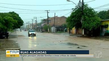 Defesa Civil e Seminfra planejam ações para conter efeitos de chuvas e enxurradas - Famílias que vivem em áreas que alagam estão sendo acompanhadas e pontos críticos estão recebendo reparos.