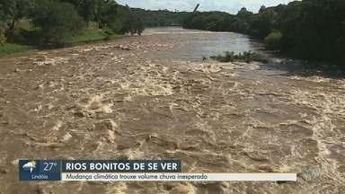 Mudança climática aumenta chuvas e volume de rios e reservatórios na região - Especialistas dizem que essa mudança climática antecipada vai deixar verão bem chuvoso.