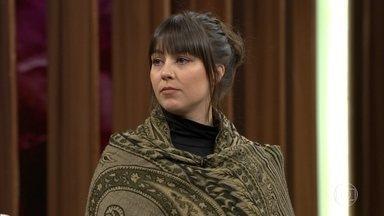 Zahira Lieneke Mous conta como conheceu João de Deus - Coreógrafa explica para Bial que tem um tio que mora em Minas Gerais