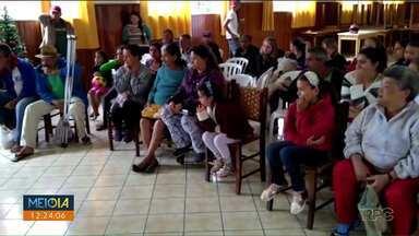 Doações de Natal são roubadas de igreja em Campo Largo - Voluntários arrecadaram novos donativos depois do roubo.