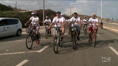 Passeio ciclístico em combate à corrupção é realizado em São Luís - Evento marca as comemorações do Dia Internacional Contra a Corrupção, celebrado nesse domingo (9).