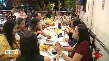 Confraternizações de empresas movimentam restaurantes de Cachoeiro de Itapemirim - Diversas festas acontecem no final de ano.