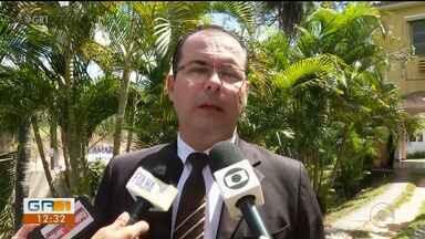 Justiça realiza audiência de instrução sobre a morte do médico Denirson Paes - Os dois acusados pela morte são a viúva do médico Jussara Rodrigues e o filho mais velho do casal, Danilo Paes.