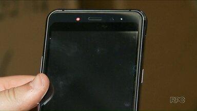 Anatel bloqueou celulares piratas neste sábado (8) - Celulares que não são homologados pela companhia pararam de funcionar.