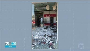 Bandidos explodem caixas eletrônicos no Sertão de Pernambuco - Segundo a polícia, ocorrência foi registrada na madrugada deste sábado (8).