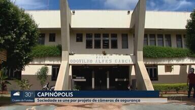 Projeto prevê instalação de câmeras de segurança em Capinópolis - Na cidade, segundo a PM, furtos aumentaram cerca de 40% neste ano.