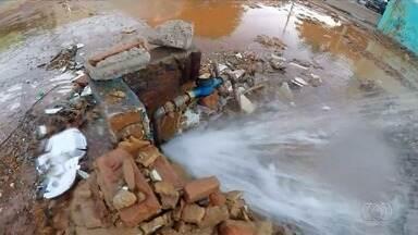 Vazamento ocasiona desperdício de água em Goiânia - Veja vídeo.