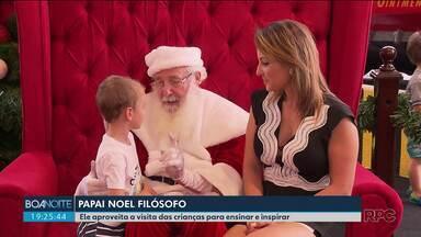 Papai Noel filósofo ensina e inspira crianças - Adultos também podem pedir conselhos ao Noel.